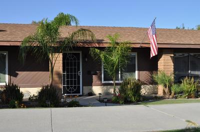 Taft Single Family Home For Sale: 326 Calvin Street