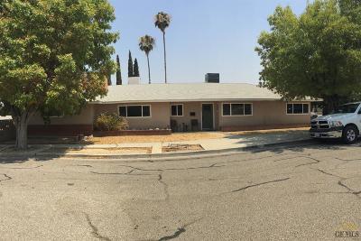 Taft Single Family Home For Sale: 702 Garratt Street