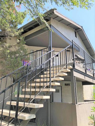 Bakersfield Single Family Home Active-Contingent: 4701 Beechwood Street #70