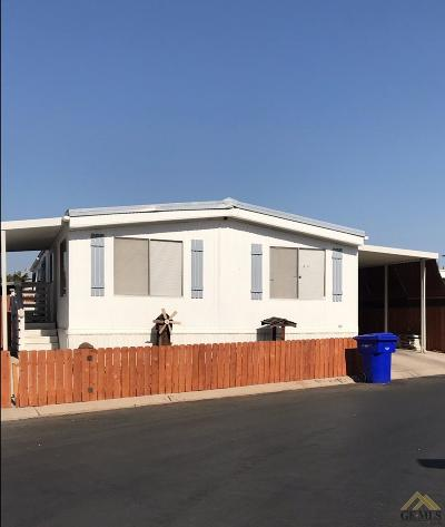 Bakersfield Manufactured Home For Sale: 6601 Eucalyptus Drive #53