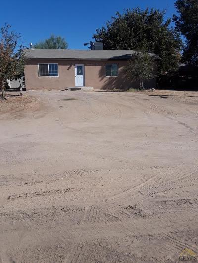 Shafter Single Family Home For Sale: 4221 Roxy Lane