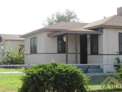 Bakersfield Single Family Home For Sale: 701 Columbus Street