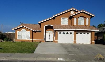 Delano CA Single Family Home For Sale: $299,995