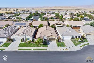 Bakersfield Single Family Home For Sale: 10206 Besancon Way
