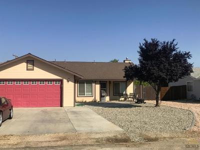 Tehachapi Single Family Home For Sale: 19905 Luana Drive