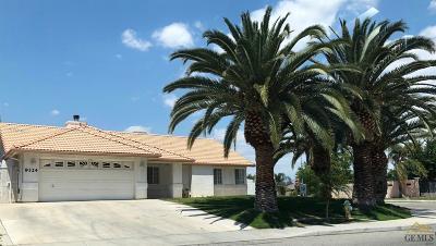 Bakersfield Single Family Home For Sale: 9324 Vista Colina Drive