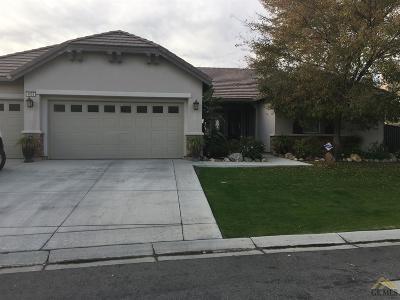 Bakersfield Single Family Home For Sale: 4908 Via Sienna Drive