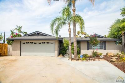 Bakersfield Single Family Home For Sale: 4101 Cambridge Drive