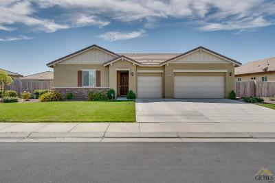Single Family Home For Sale: 15503 Avanti Drive