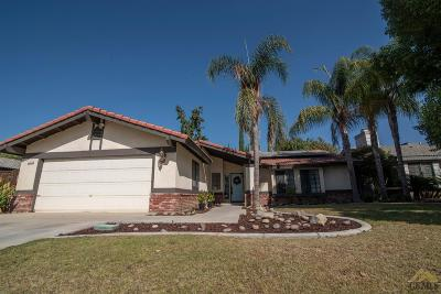 Bakersfield Single Family Home For Sale: 7216 Bandolero Way