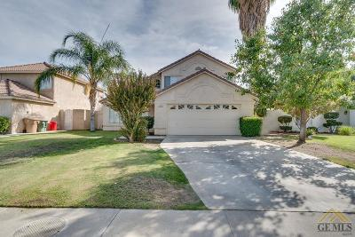 Bakersfield Single Family Home For Sale: 10703 Petalo Drive