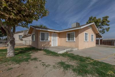 Single Family Home For Sale: 120 W Tulare Avenue