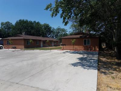 Bakersfield Multi Family Home For Sale: 637 R Street
