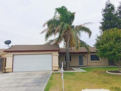 Bakersfield Single Family Home For Sale: 4913 Oldstead Court