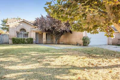 Bakersfield Single Family Home For Sale: 5914 Summer Country Drive