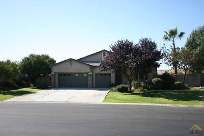 Bakersfield Single Family Home For Sale: 6710 Montagna Drive