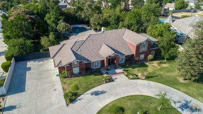Single Family Home For Sale: 15714 Legacy Court