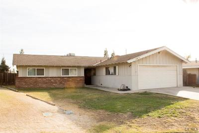 Bakersfield CA Single Family Home For Sale: $195,000