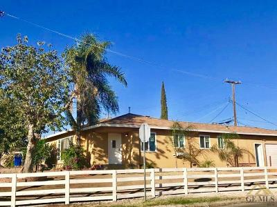 Bakersfield Single Family Home For Sale: 2101 Fairfax Road