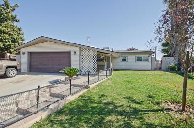 Bakersfield Single Family Home For Sale: 4812 Birdie Lane