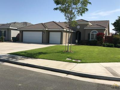 Bakersfield Single Family Home For Sale: 6818 Cattail Creek Way