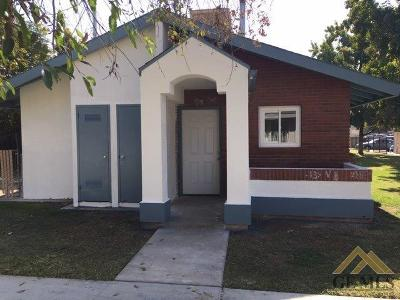 Bakersfield Single Family Home For Sale: 1009 Owens St Street