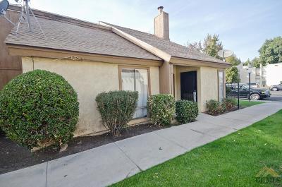 Bakersfield Single Family Home For Sale: 4901 Belle Terrace #1