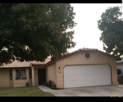 Delano Single Family Home For Sale: 422 Calle Elegante