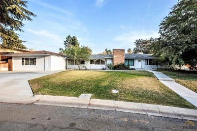 Bakersfield Single Family Home For Sale: 1727 Crestmont Drive