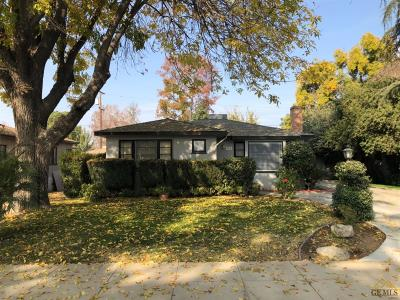 Bakersfield CA Single Family Home For Sale: $185,000