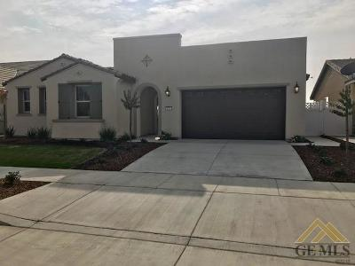 Bakersfield Single Family Home For Sale: 1721 Audley End Place