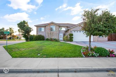 Bakersfield CA Single Family Home For Sale: $414,900