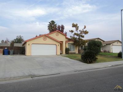 Bakersfield Single Family Home For Sale: 4412 Oregano Road