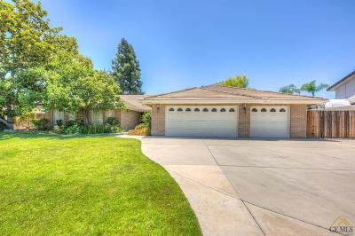 Bakersfield Single Family Home For Sale: 5005 Panorama Drive