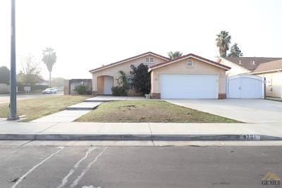 Bakersfield CA Single Family Home For Sale: $249,950