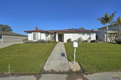 Bakersfield, Shafter, Wasco, Delano, Mc Farland Single Family Home For Sale: 9926 Palm Avenue