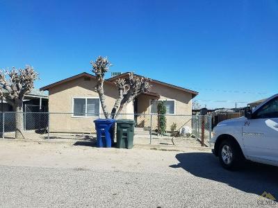 Taft Single Family Home For Sale: 508 Van Buren Street