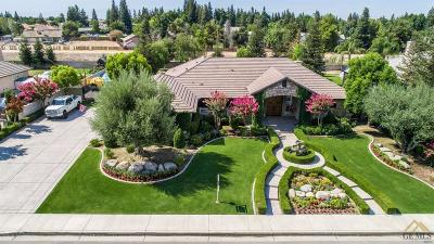 Bakersfield Single Family Home For Sale: 15603 Azalea Springs Court