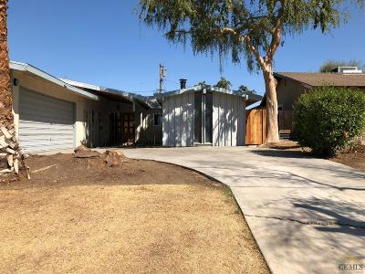 Bakersfield Single Family Home For Sale: 3708 Candlewood Drive