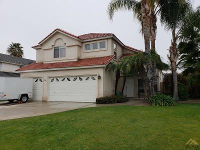 Bakersfield Single Family Home For Sale: 8413 Whitewater Drive
