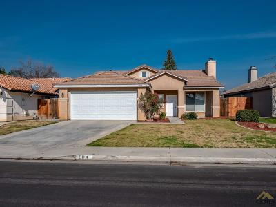 Bakersfield Single Family Home For Sale: 9118 Jenna Kathryn Drive