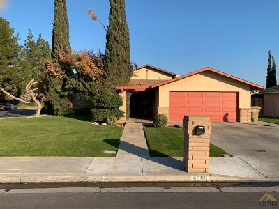 Bakersfield Single Family Home For Sale: 4500 Siam Court