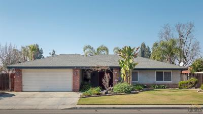 Bakersfield Single Family Home For Sale: 5233 Patton Way