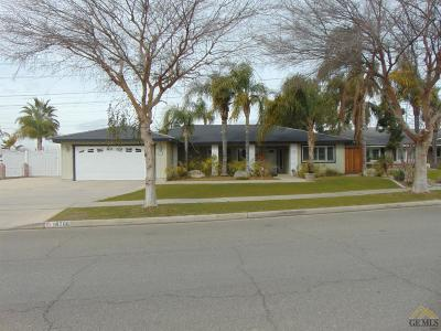 Bakersfield Single Family Home For Sale: 10706 Dee Dee Avenue