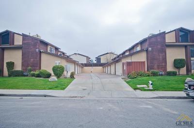 Bakersfield Single Family Home For Sale: 4400 Isla Verde Street #8