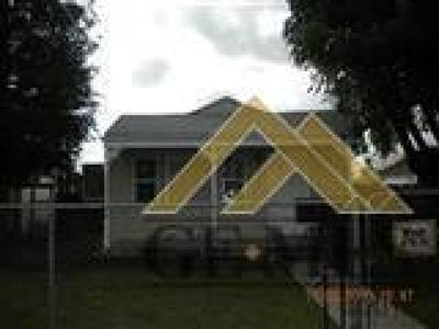 Bakersfield Single Family Home For Sale: 503 Decatur Street