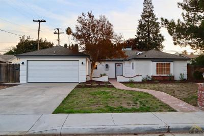 Bakersfield CA Single Family Home For Sale: $254,990
