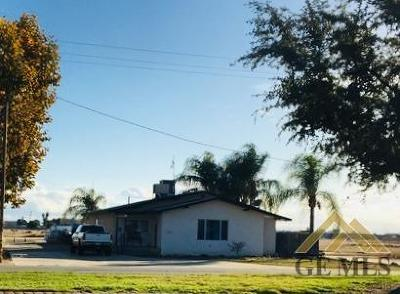 Shafter Single Family Home For Sale: 1277 E Lerdo Highway