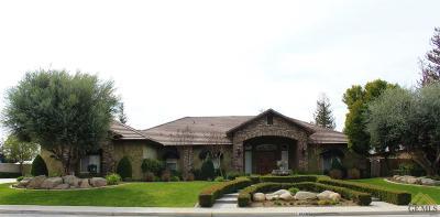 Single Family Home Active-Contingent: 15603 Azalea Springs Avenue