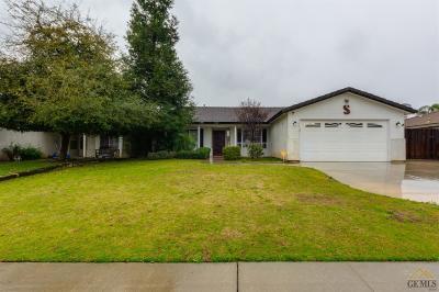 Single Family Home For Sale: 5123 Via Viretta Drive